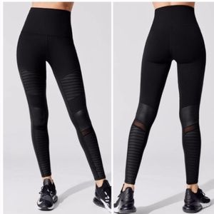 Alo yoga S high waisted moto leggings black